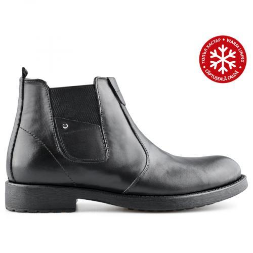 мъжки ежедневни  боти черни с топъл хастар 0139599