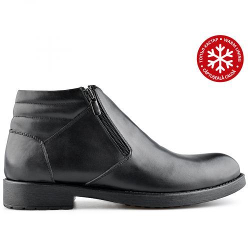 мъжки ежедневни  боти черни с топъл хастар 0139598