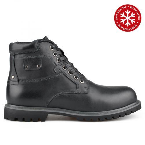 мъжки ежедневни боти черни с топъл хастар 0135787