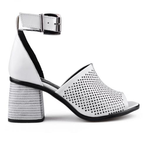 дамски ежедневни сандали бели 0134670