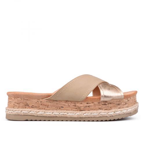 Дамски чехли и саба